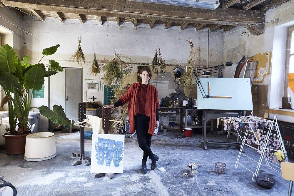 Au Revoir, le persone: Giulia Perin